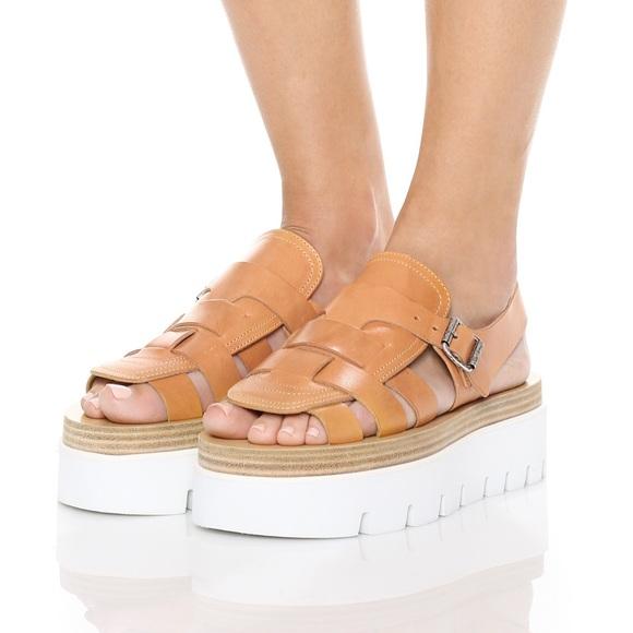 9f3fc598da2 MM6 MAISON MARGIELA Woman Platform Sandals Brown. M 5b8363d781bbc8df6d07154d